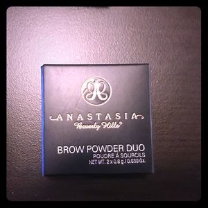 Anastasia of Beverly Hills brow powder duo